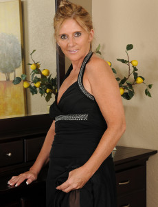 48 Year Old  Wife Amanda Jean Slides out of Her Elegant Dress