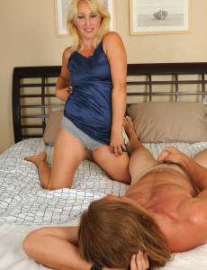 Concurrence Milf brown honey nude