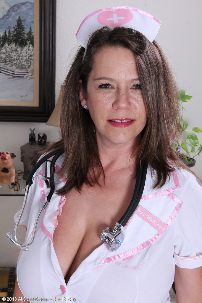 Gorgeous and  Big Breasted  Mom Christy from  Milfs30 Playing  Super  Super Insane Nurse