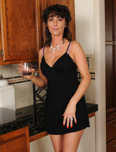 57 Year Old Annabelle from Milfs30 Looking Sexy in Her