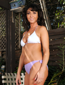 Super  Super Insatiable  Brown Haired  Cougar Coral  Takes off and Spreeads Her  Rump on the Deck