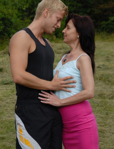 Jenny H from  Milfs30 Gets a Hard Manstick Planted Deep into Her Hol