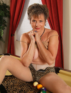 Hot Bodied  Mom Judy  Opens Herself Broad on the Pool Table