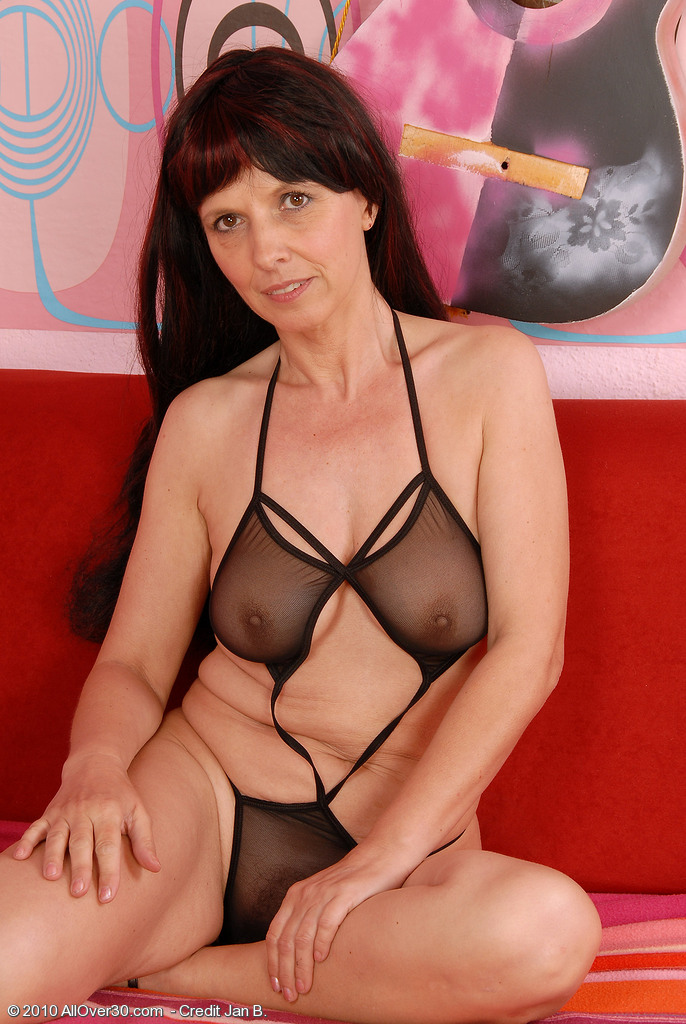49 Year Old Juliette Steals the Show in Her  Hot Ebony Lingeries