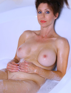 Super  Super  Super  Super  Super Horny  Brown Haired Madison Gets Herself off in a Sudsy Bath Here