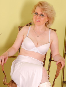 43 Year Old  Mom Margeaux in White Lace Plays with Her Giant  Hoo Ha