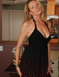 New Older Honey Model Pam Shows off Her Smooth 56 Year Old