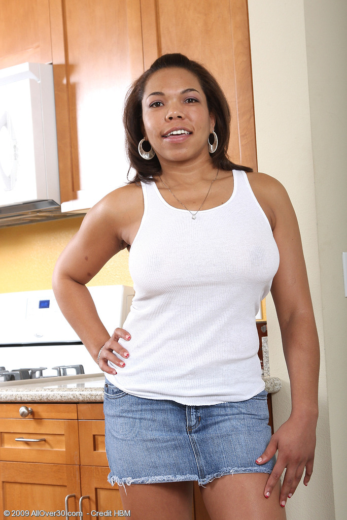 Black  Mom Rena Rapidly Peels Her Tight  Attire in the Kitchen