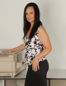 Office  Cougar Ria Ebony Takes a Nreak to Massage Her  Older Bangers