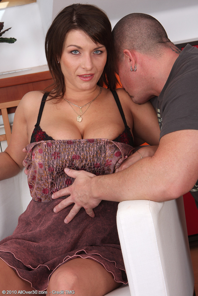Super  Super  Super  Super Horny  Mom Sophia M Proves How Much She Likes a Cock Inwards Her