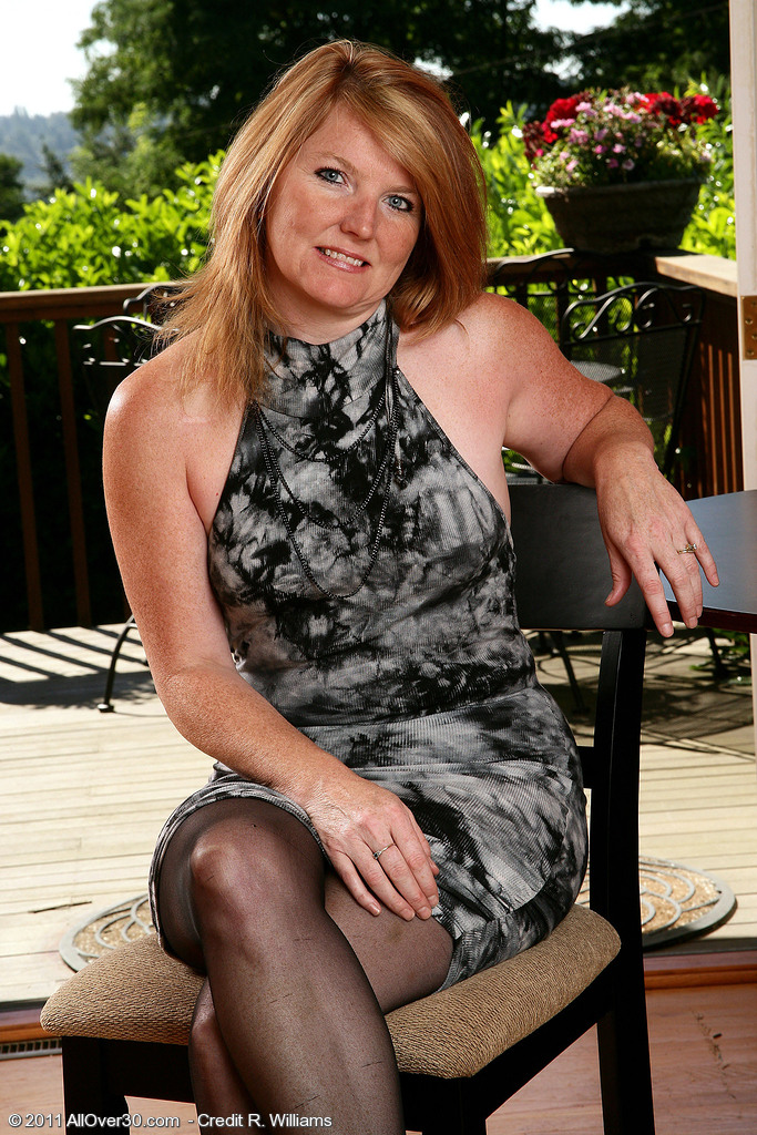 42 Year Old Stacie from  Milfs30 Posing in and out out of Her Dress