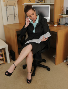 Office Chick Tamara Fox Puts Down the Telephone to Tug on Her  Twat