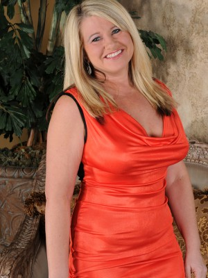 Nasty  Blond Haired 46 Yr Old Mona Hawght Stretching Wide in a Deliver Chair