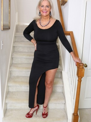 Cool 58 Yr Old Judy Mayflower making use of the woman Boobs in Stairs