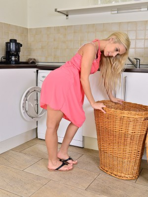 Killer  Blond Nesty Does Some Laundry and Flashes the girl Perfect Form