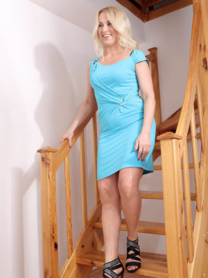 Blond Haired Sweetheart Eve Valentine Torn Up