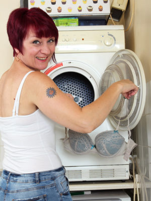 Penny Brooks Doing The Woman Laundry