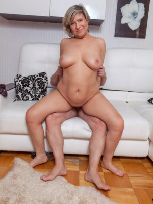Curvaceous Marianna Gets Fucked