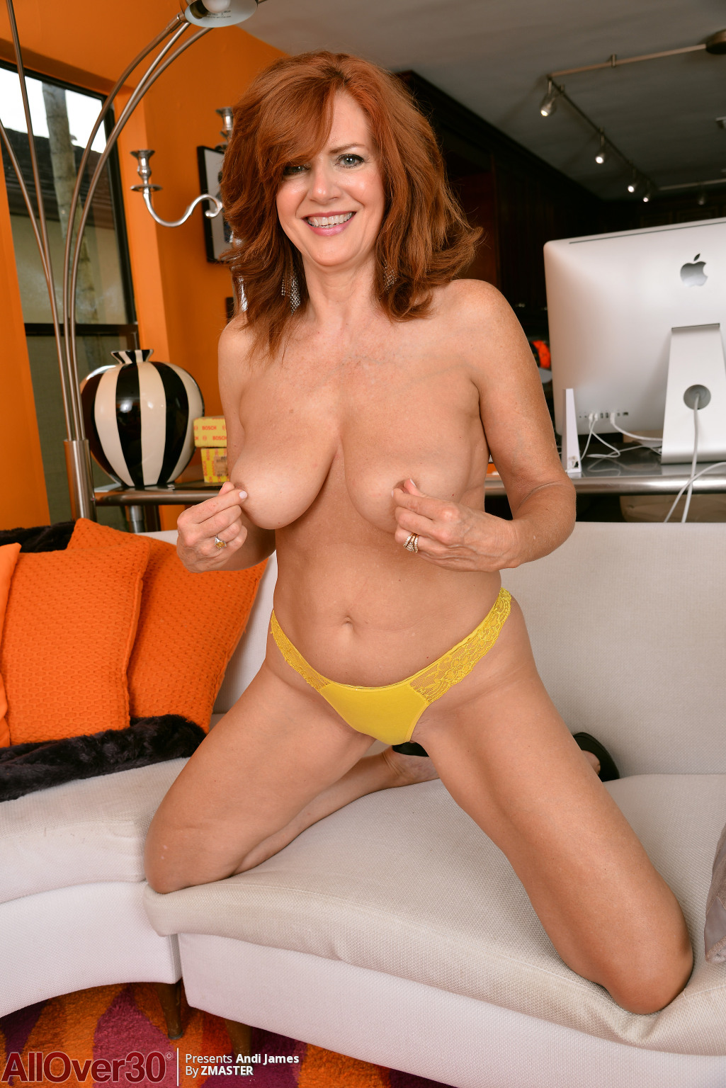 andi-james-redhead-in-yellow-04
