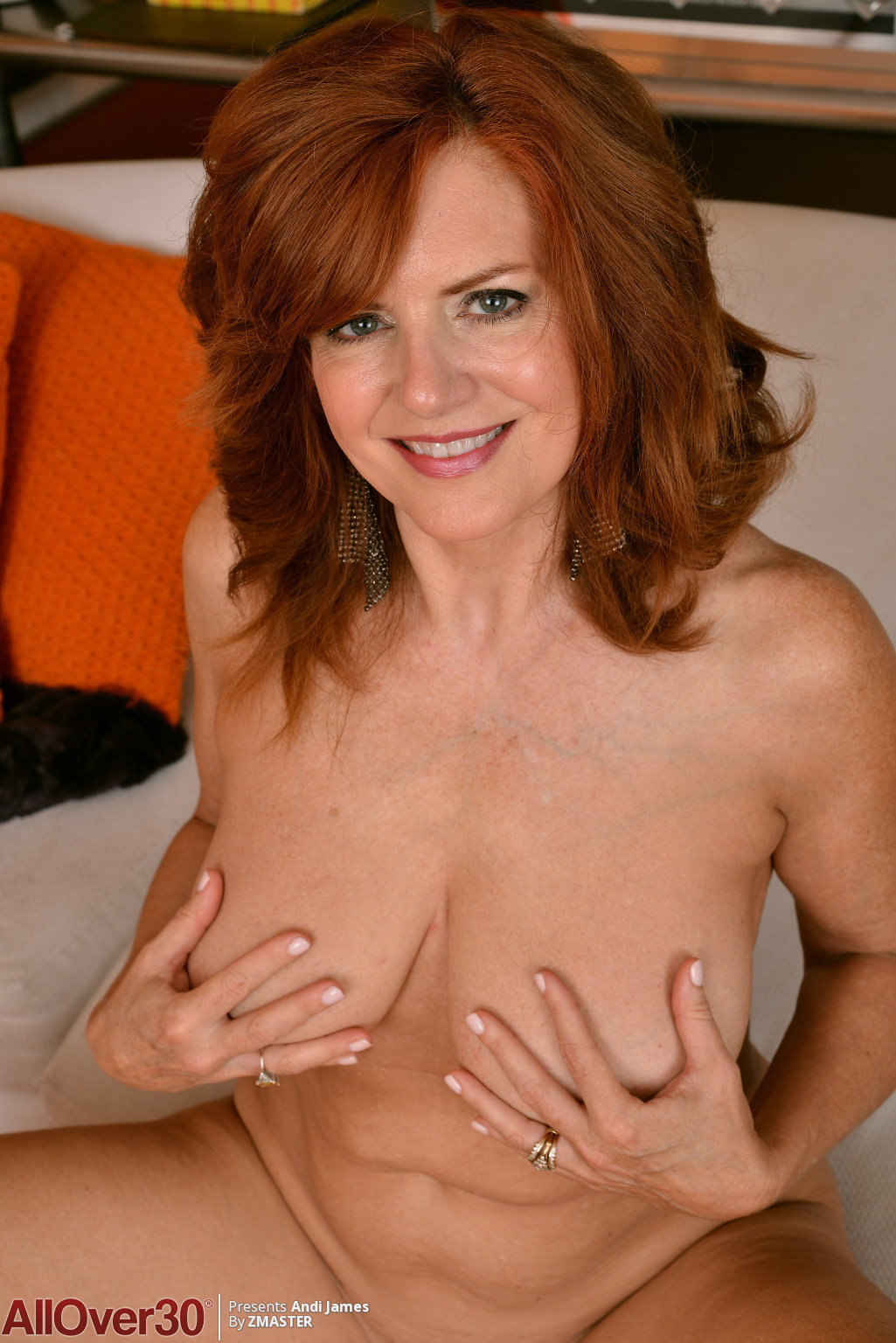 andi-james-redhead-in-yellow-08