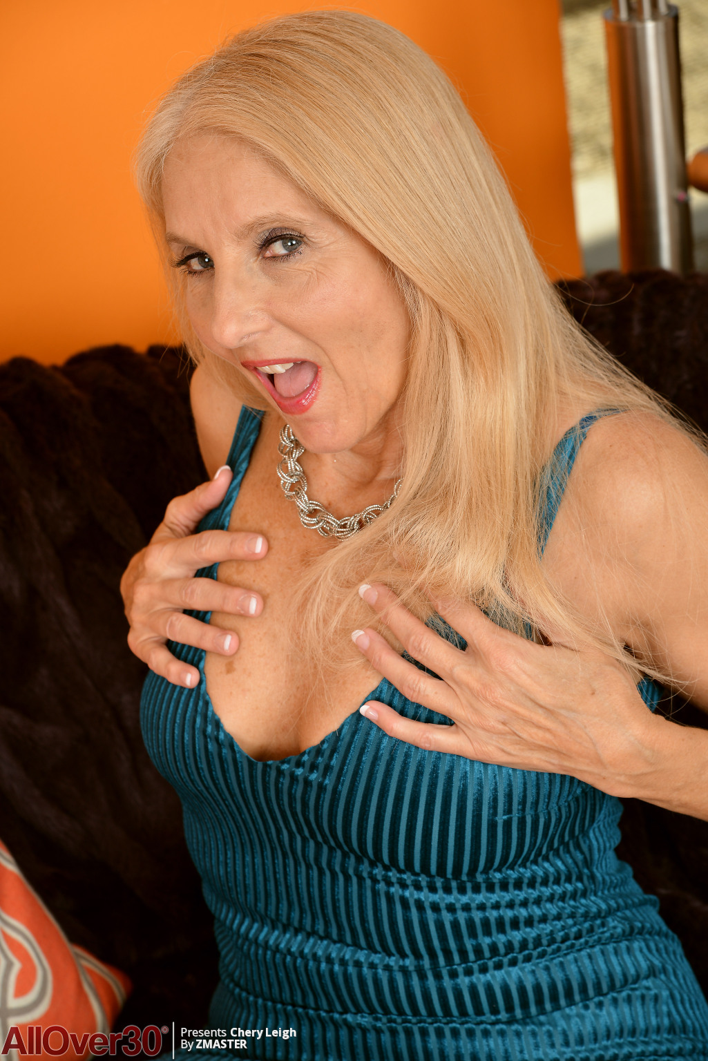 chery-leigh-mature-blonde-02