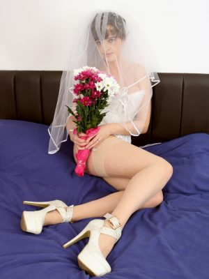 Kate Anne Huge-Titted Bride