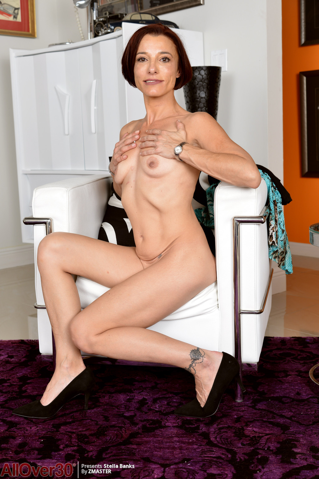 stella-banks-slender-mature-housewife-11