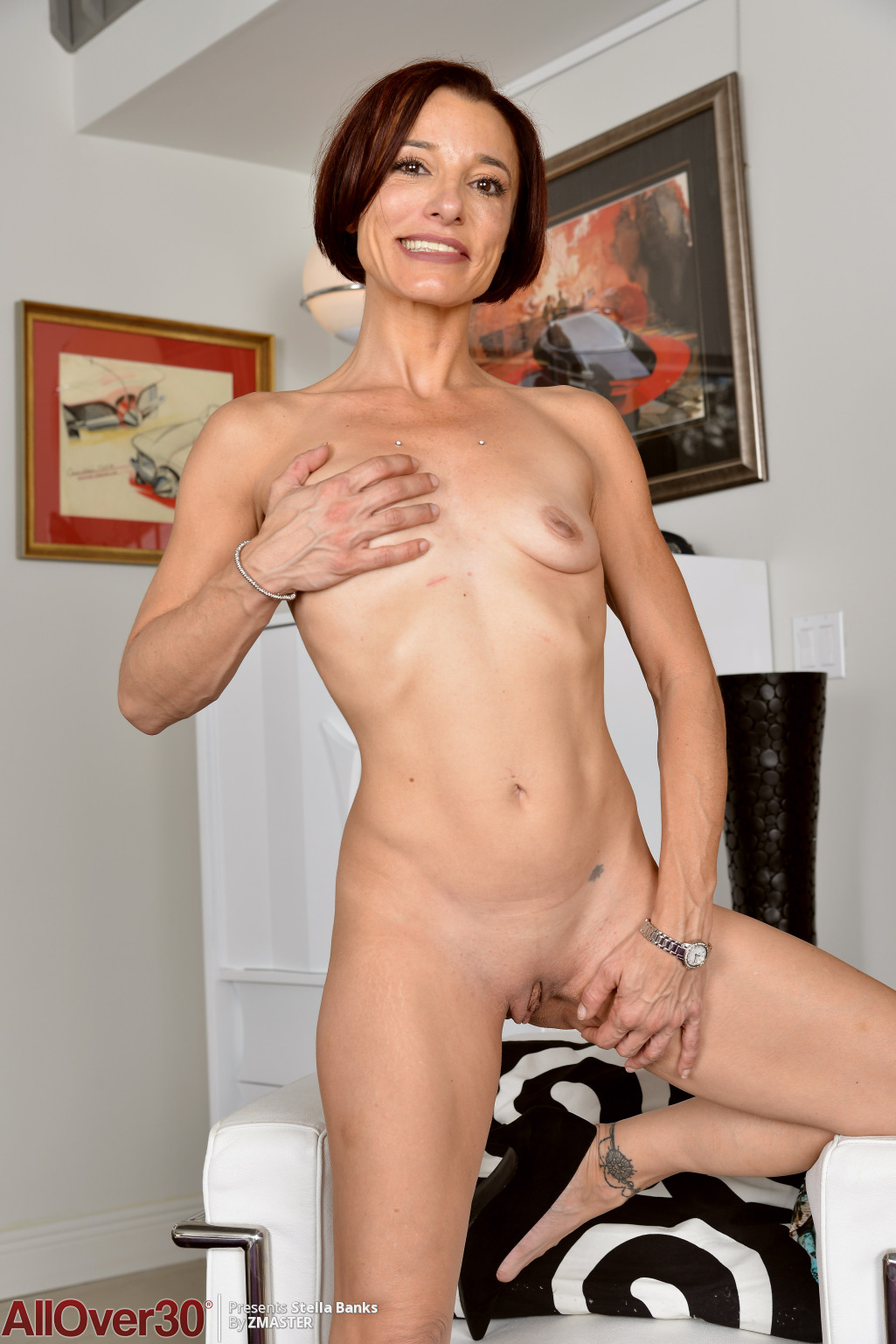 stella-banks-slender-mature-housewife-13