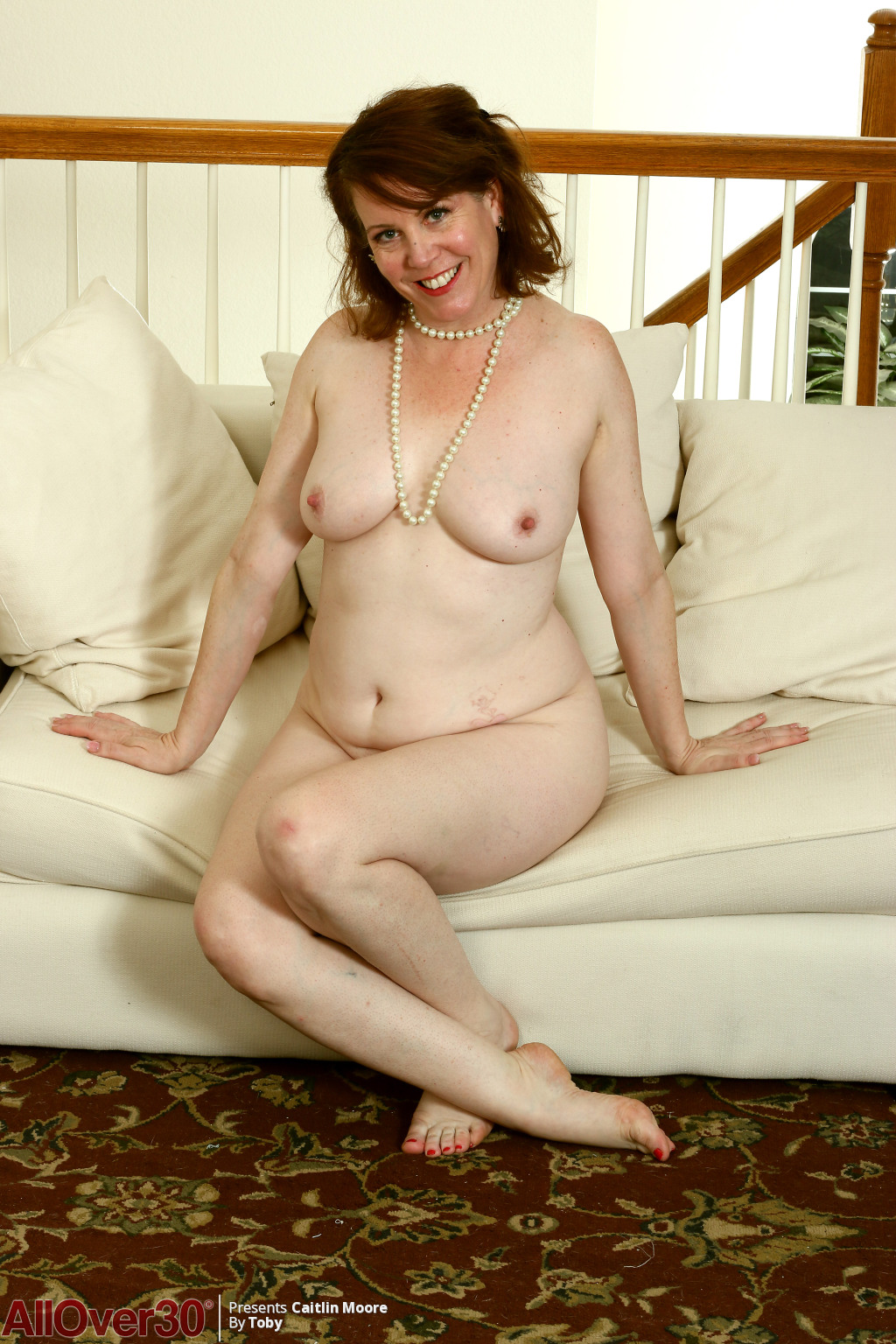 caitlin-moore-happy-and-sexy-12