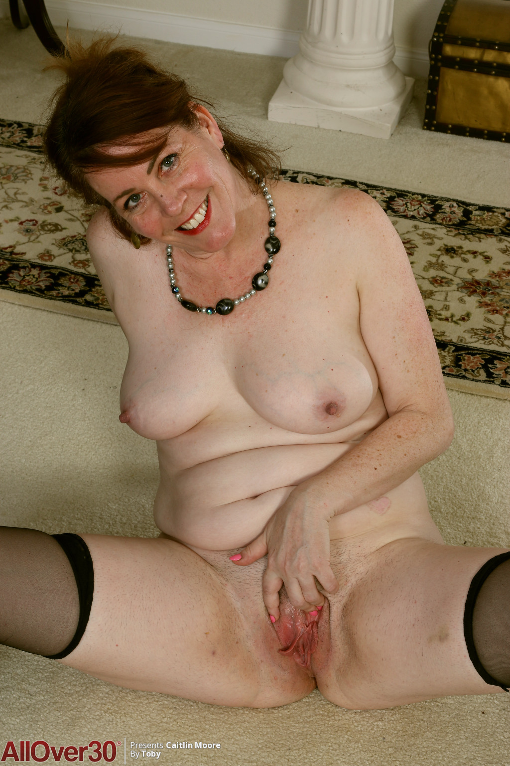 caitlin-moore-stunning-smile-14