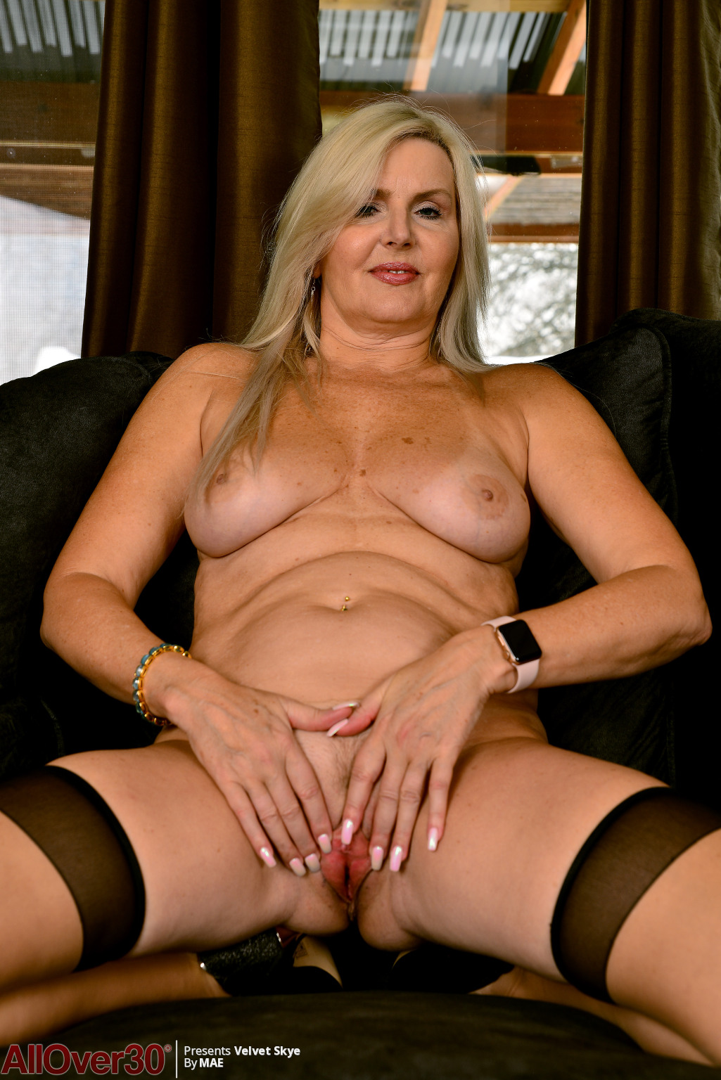 velvet-skye-angelic-mature-beauty-14