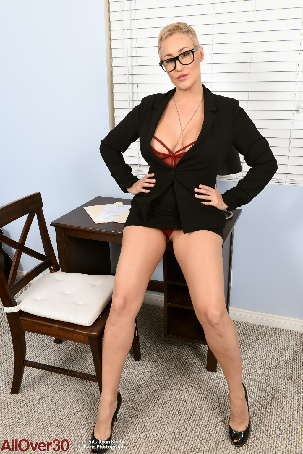 ryan-keely-super-hot-secretary-02