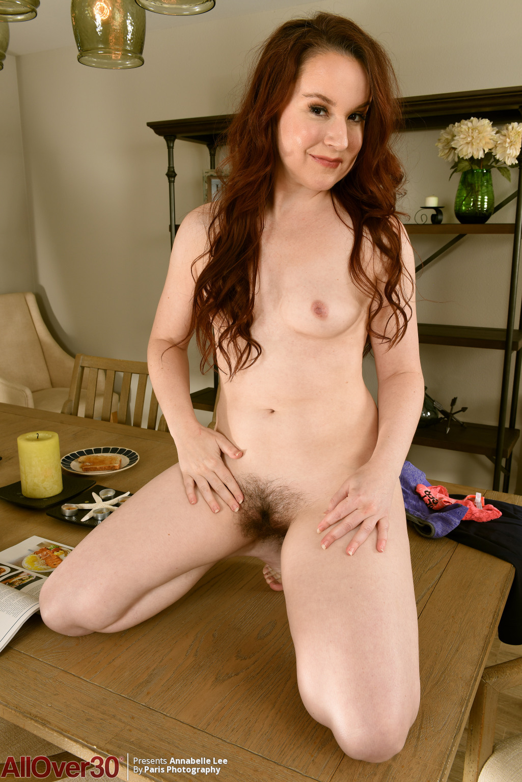 annabelle-lee-kneels-on-the-table-14