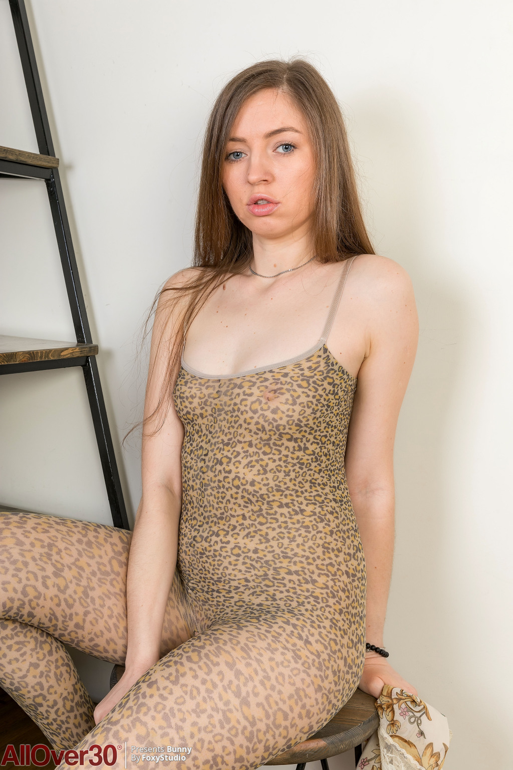 bunny-skin-tight-02