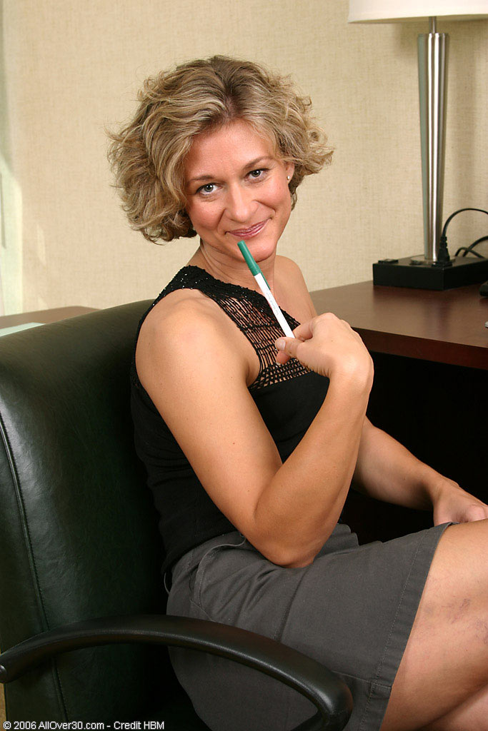 Blond  Mom Bianca Shows Us Her Wares After a Day at the Office                Pear