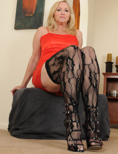 57 Year Old Annabelle from  Milfs30 Looking  Hot in Her Ebony Pantyhose