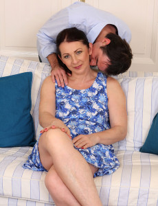 Anna B from  Milfs30 Gets Her Furry and  Older Babe  Beaver Ravaged Here