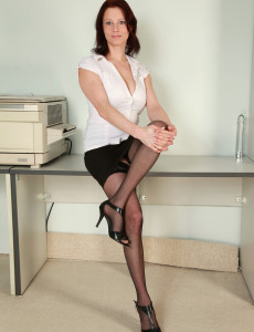 Hot Redheaded  Mom Carol  Opening Up Her 34 Year Old  Beaver Wide