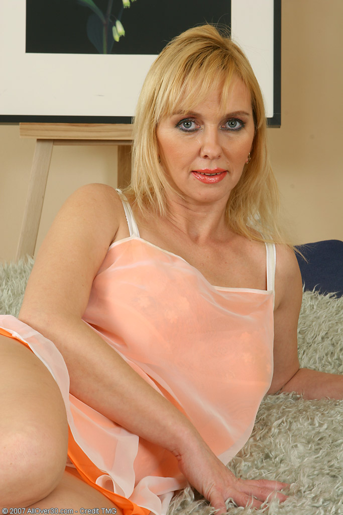 Bone milf wife