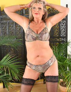50 yr old swinger wife gilf makes a porno 3