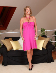 Sexy and Elegant Laura G Slides off Her Pink Gown and  Opens Her Box