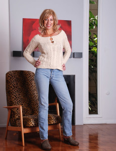 Blond Haired  Cougar Liz Glides off Her Tight Jeans Denim and Poses