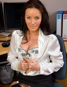 Glad 47 Year Old Viky from Milfs30 Opens Her Ass Found on