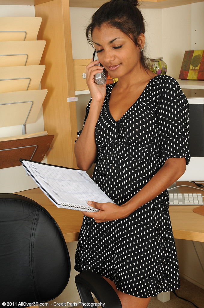 Hot and Exotic Neela Peels off Her Office Attire After a Hot Phonecall
