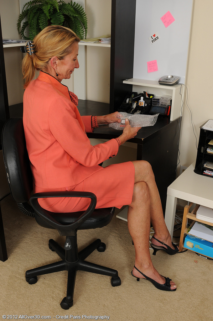 Thin 56 Year Old Pam Takes a Break from Her Office Work to Spread