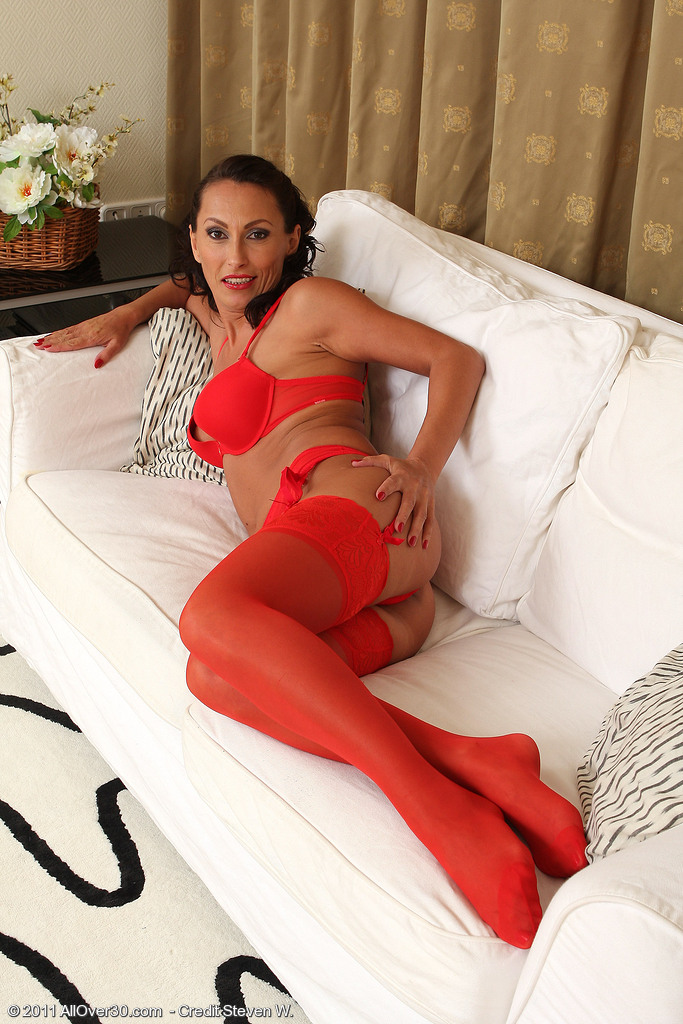 Hot 36 Year Old Sandy K Glides out of Her Hot Red Undies in Here