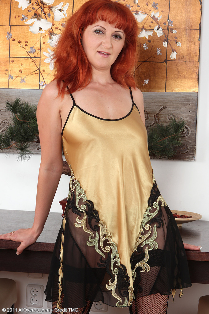 Red Headed  Cougar Trixi from  Milfs30 Shows off Her Naturally Hairy  Fuckbox
