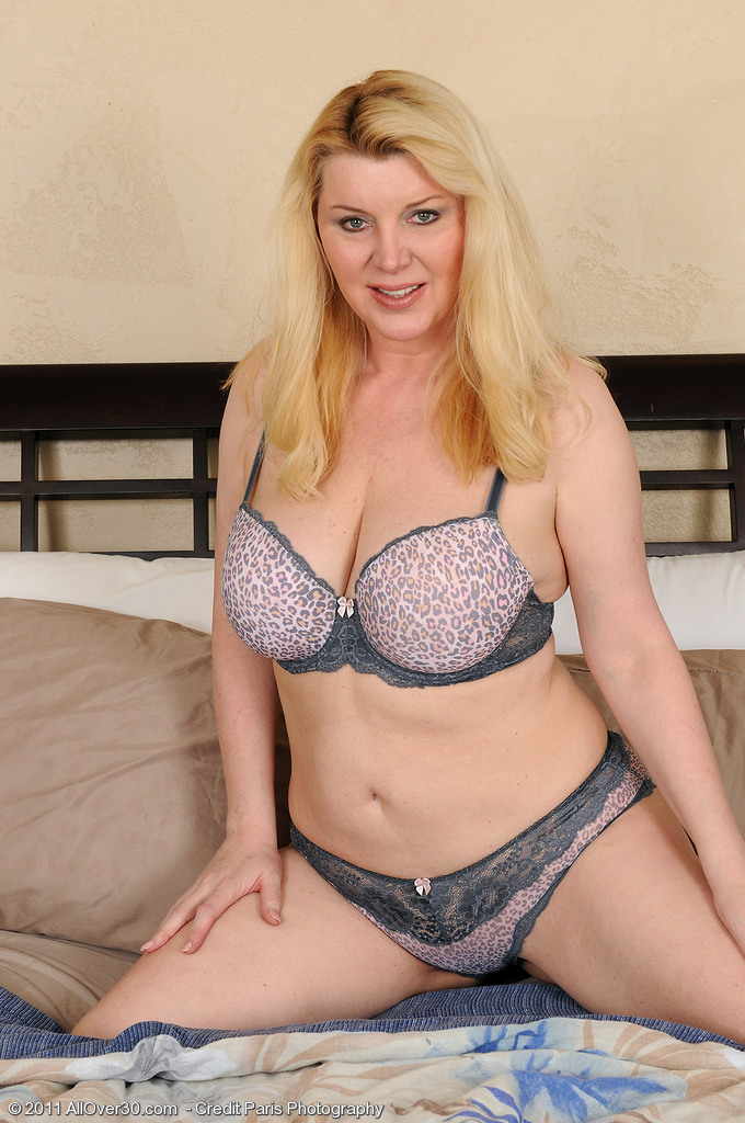 Lacy Venice in  Hot Undies Shows off Her 51 Year Old  Older Body