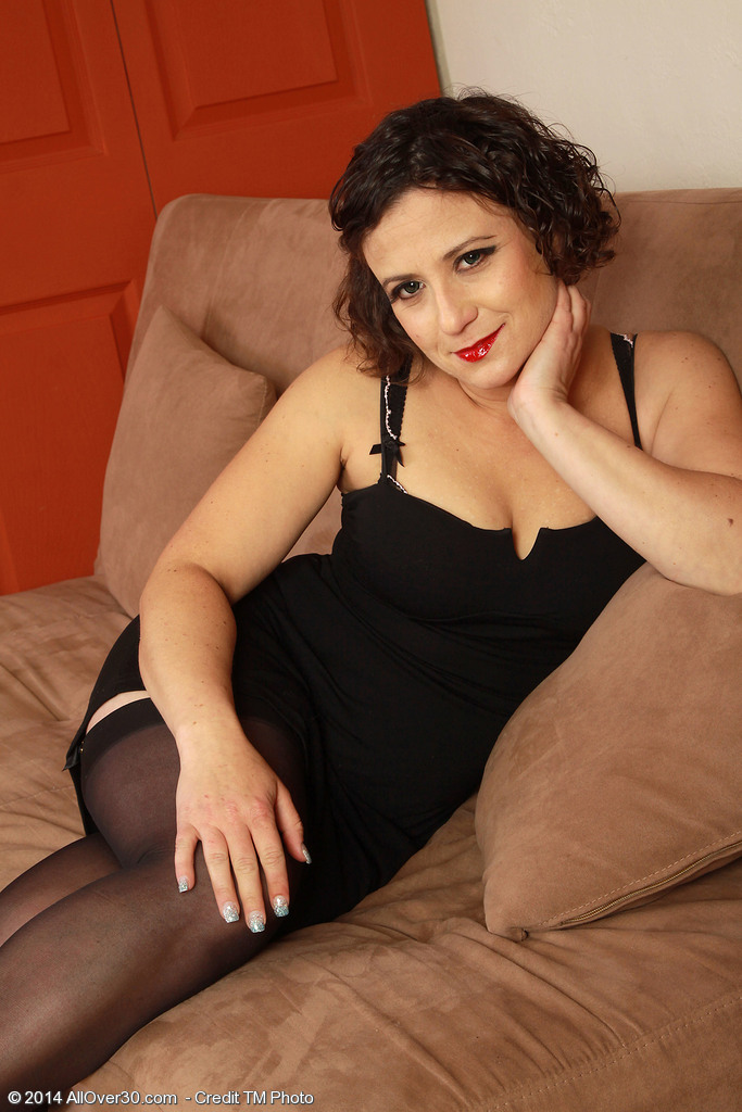 36 Year Old Elegant Anna P From Milfs30 Looking Hot In Tights-3344