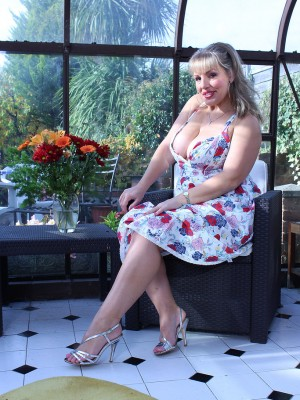 Buxom Hotty Danielle T is Likely to Be Taking off a Flower Dress to Try out Alongside the Woman Giant Tits